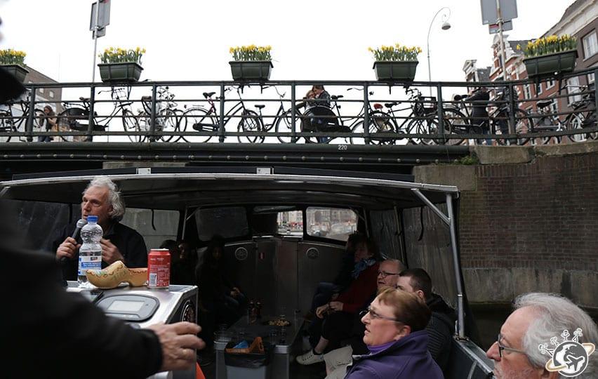l'éco-bateau d'Amsterdam vélo pour notre balade sur les canaux.