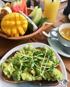 Petit déjeuner au Como