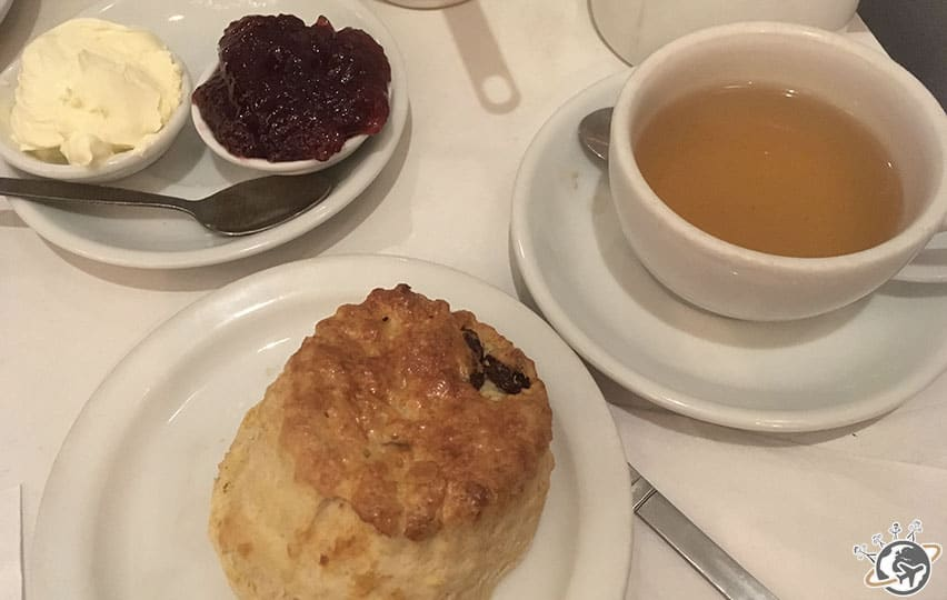 les scones, indispensables à Londres
