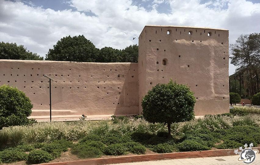 La muraille qui entoure une partie de Marrakech