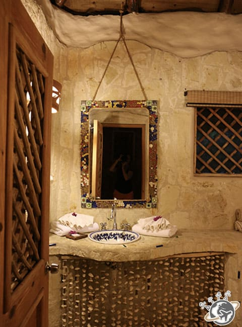 La salle de douche de la chambre au Natura Cabana