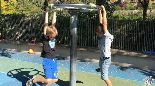 Grand Nain et Petit Nain au parc
