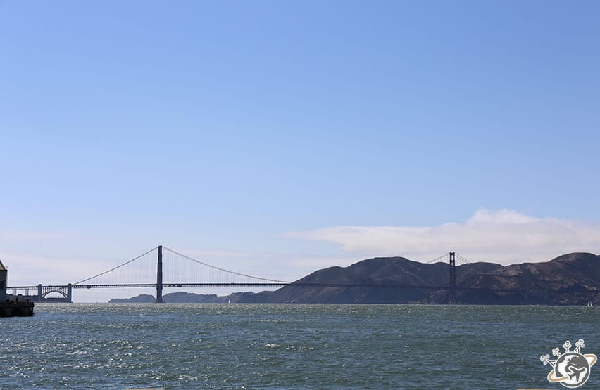 Le Golden Gate Bridge sans brouillard