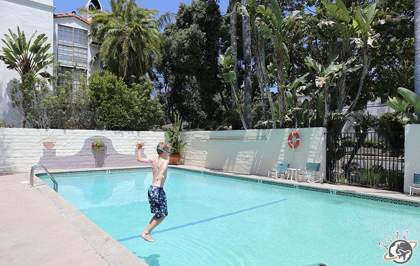 La piscine de l'hôtel à Santa Barbara en Californie