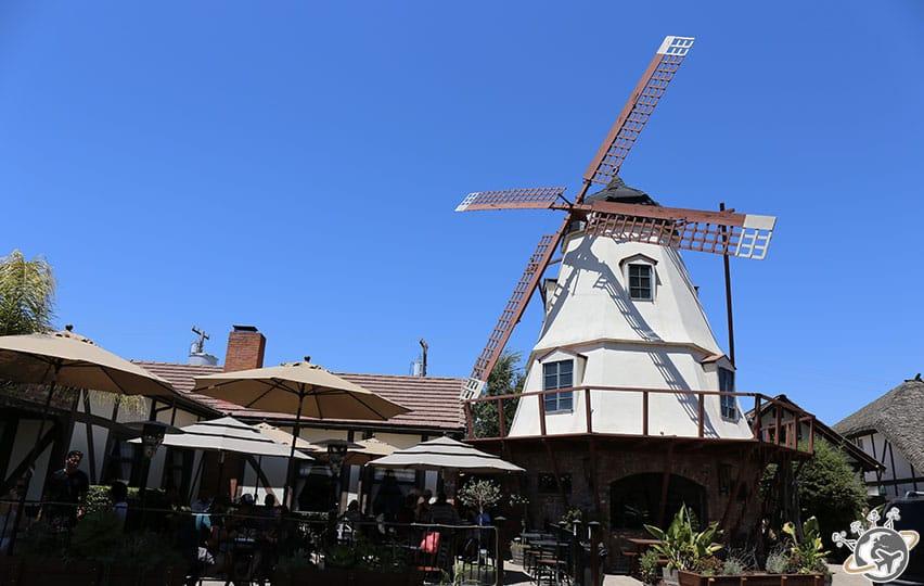 Un moulin de Solvang dans le comté de Santa Barbara en Californie