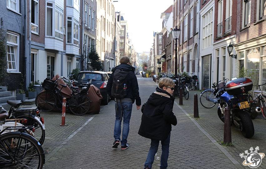 Népoux et Théo en route pour Westerpark.
